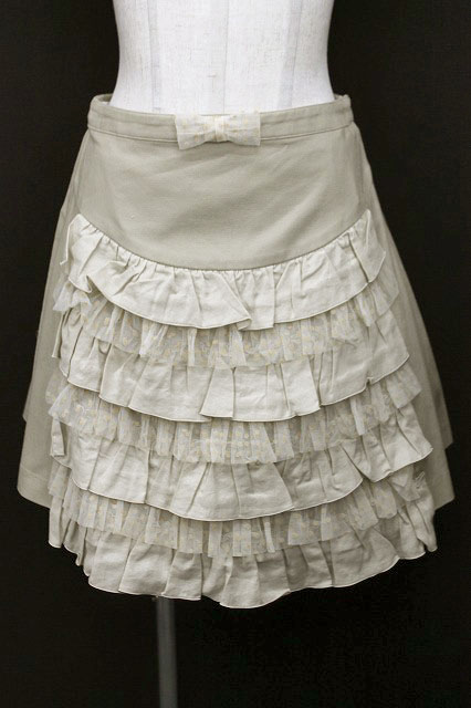 Emily Temple cute / ドットチュールフリルスカート