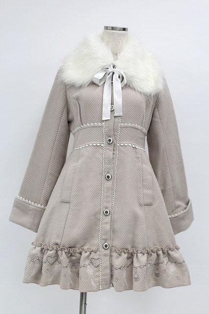 FRILL / ファー襟鍵刺繍コート