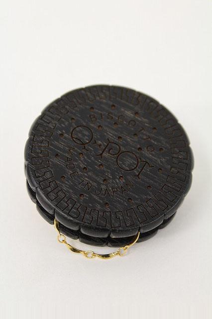Q-pot. / Biscuit Code Reel Black
