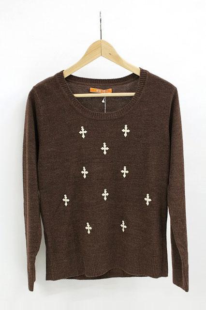 F i.n.t / クロスモチーフセーター