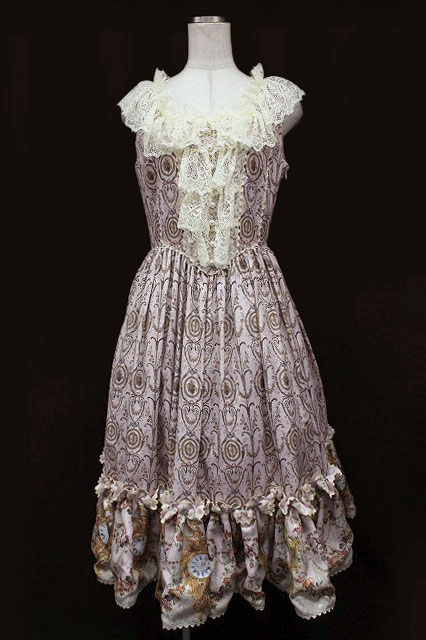 Juliette et Justine / Robe du Marie Antoinette