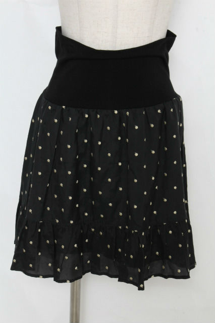 franche lippee / リンゴ刺繍スカート
