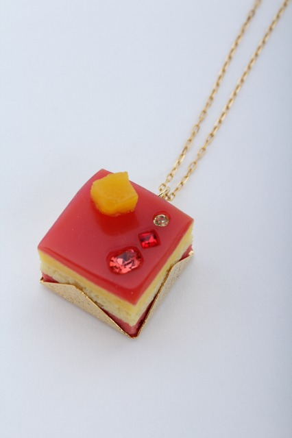 Q-pot. / Petit Cassis Cake ネックレス
