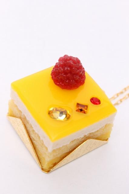 Q-pot. / Petit Mango Cakeネックレス